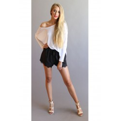 The Zoey Shorts With Lace Trim In Black or Tilleul